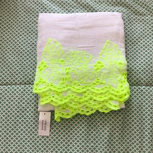 Banana Republic neon green and white scarf. NWT